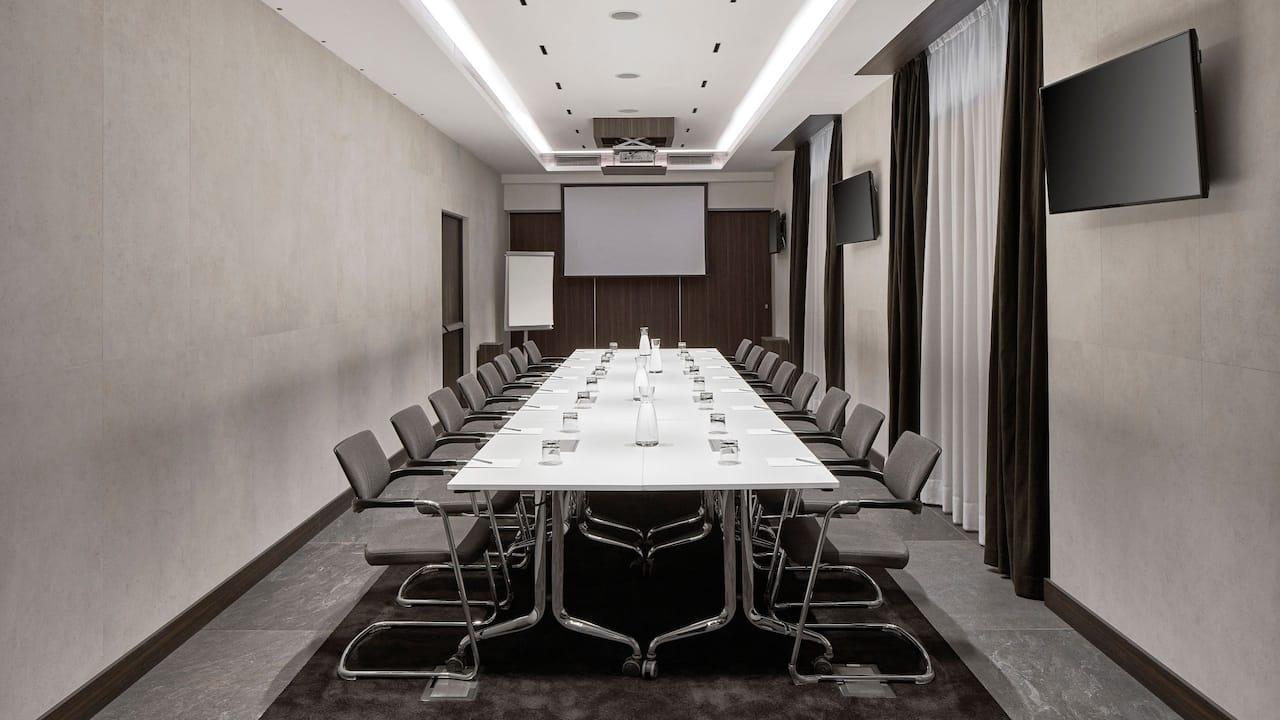Meeting Room Romana