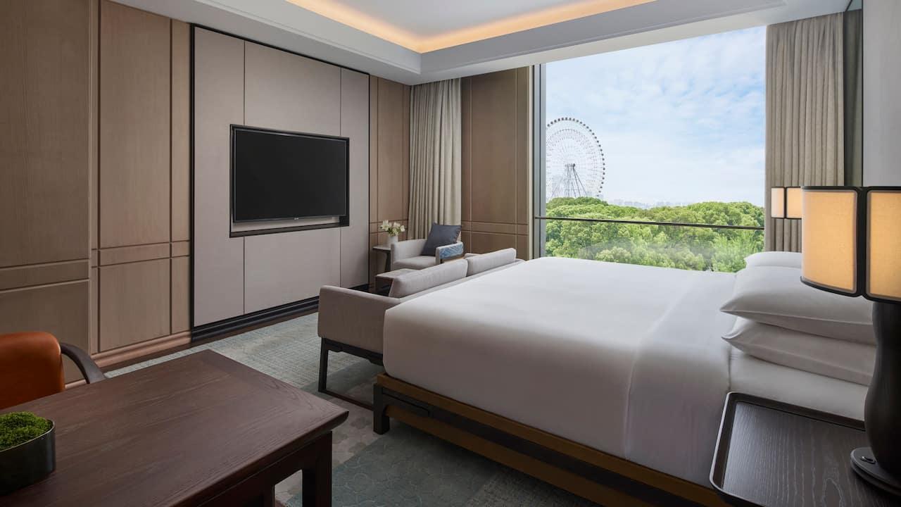 Park Suite Bedroom at Park Hyatt Suzhou