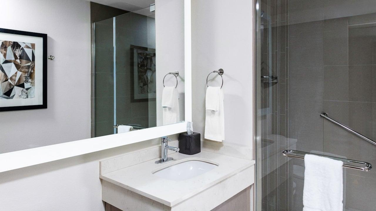 ADA Bathroom - Hyatt House Nashville Downtown SoBro