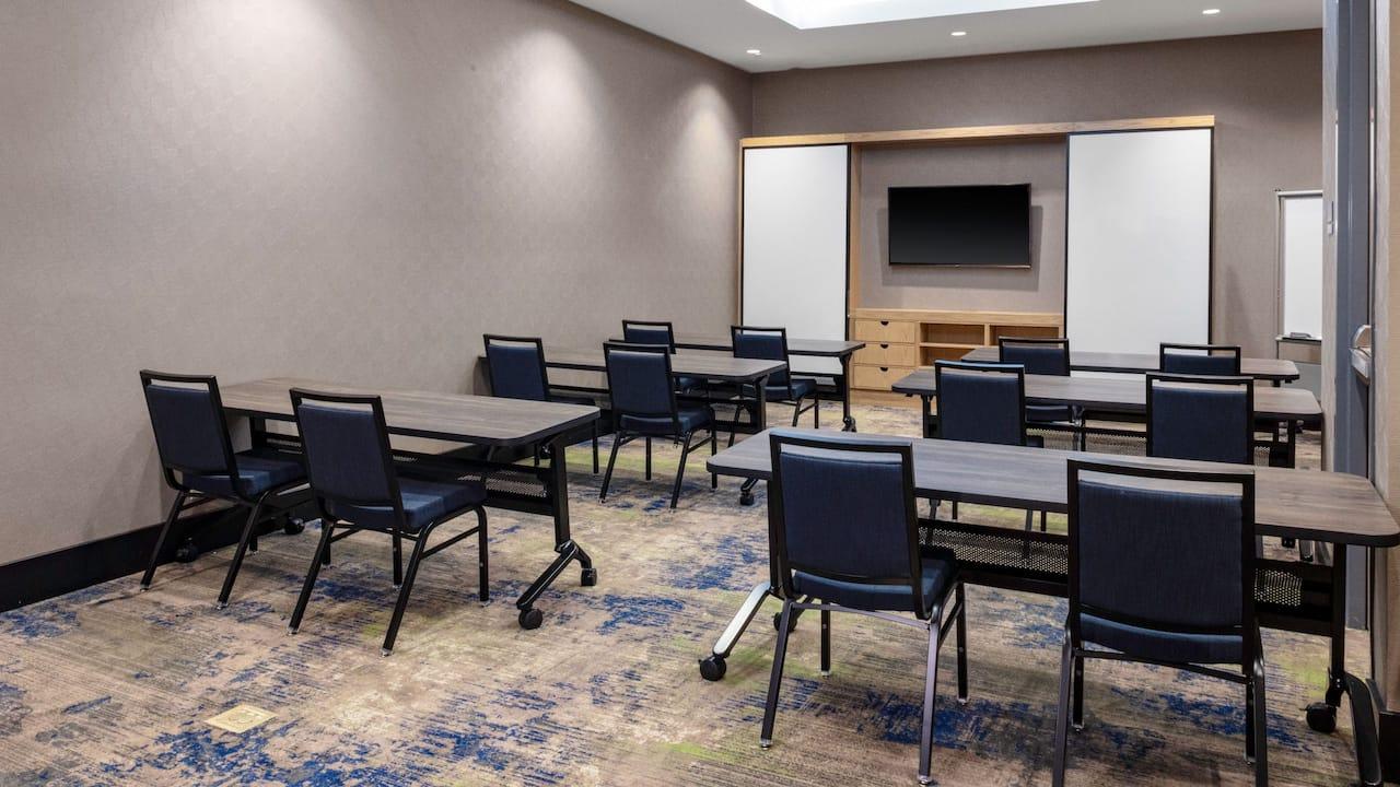 Meeting Room Nashville - Hyatt House Downtown Nashville SoBro