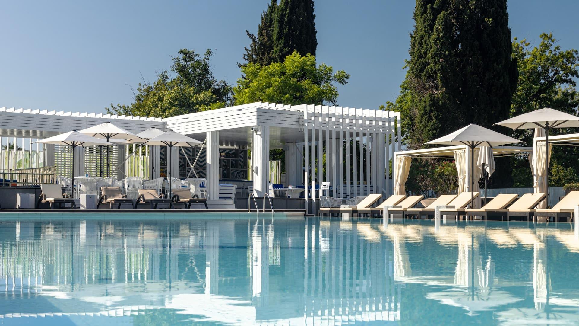 HR Sochi Pool