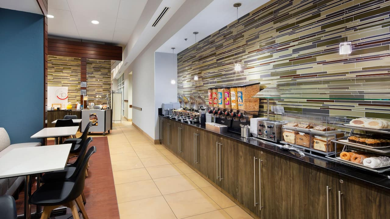 Downtown San Jose /Silicon Valley Hotel with Breakfast Buffet at Hyatt House San Jose / Silicon Valley