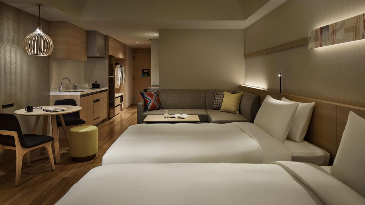 Hyatt House Kanazawa Kitchen Studio 2 Twin Beds with Sofa Bed