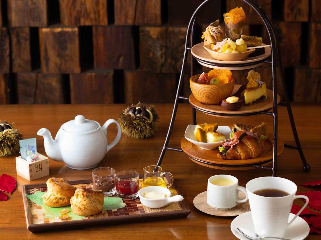 Hyatt Regency Hakone Resort & Spa   Living room Afternoon tea