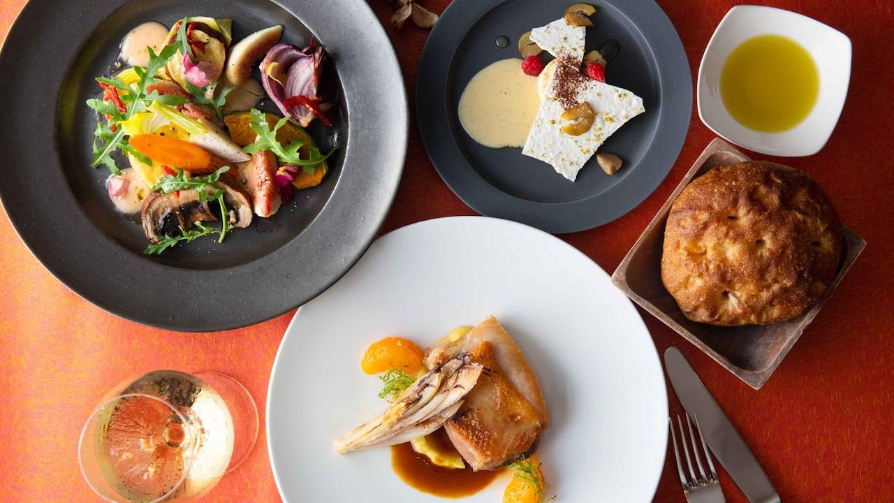 Hyatt Regency Hakone Resort & Spa| Dining Room Harvest Autumn lunch Image