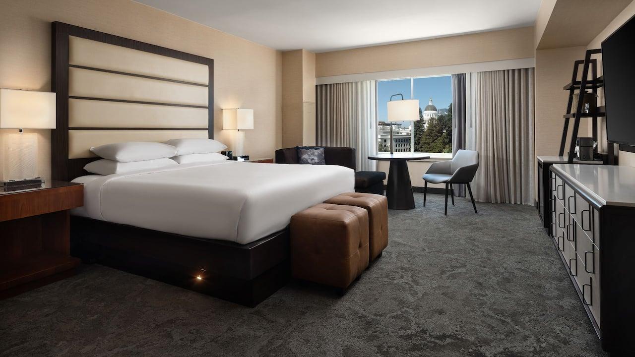 King Guest Room Hyatt Regency Sacramento