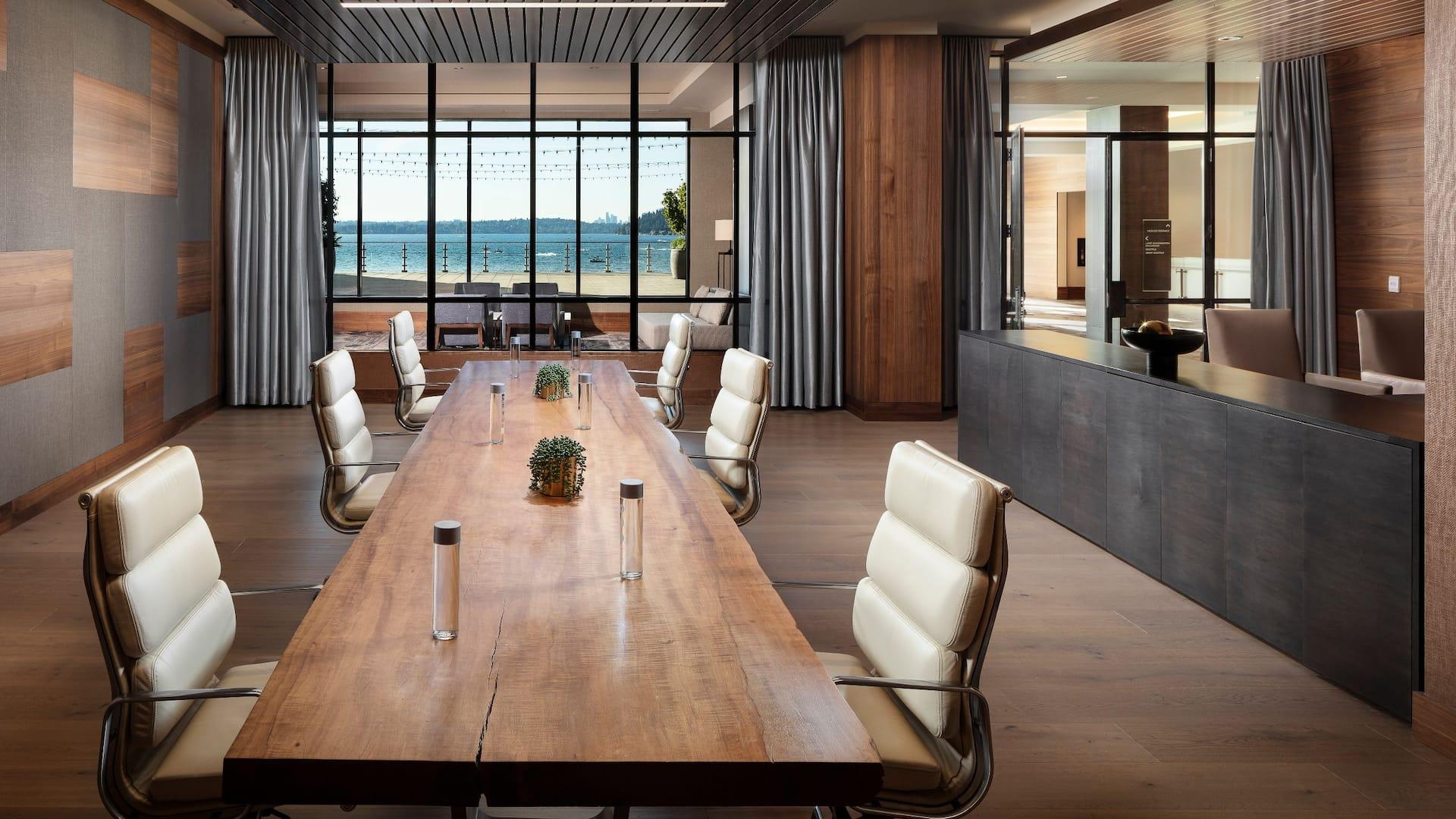 Executive Board Room Hyatt Regency Lake Washington at Seattle's Southport