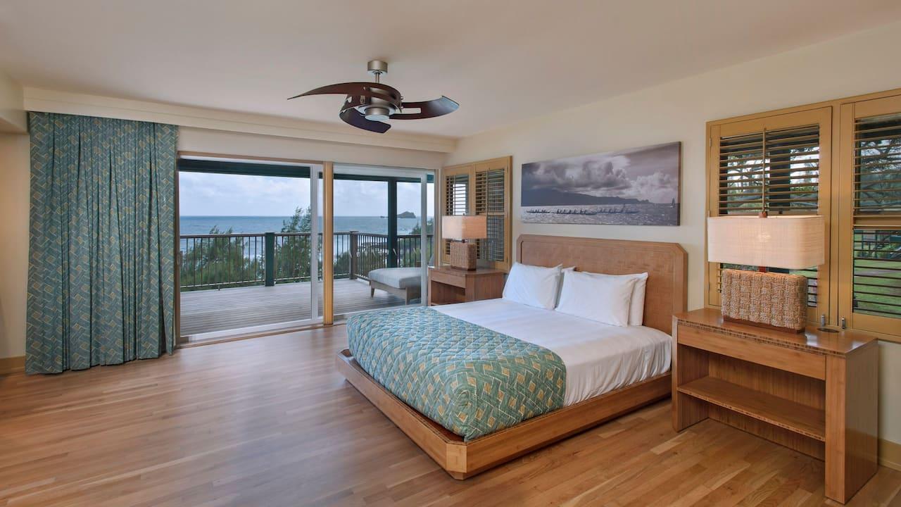 Oceanfront Bungalow Premier suite in Hana,Maui