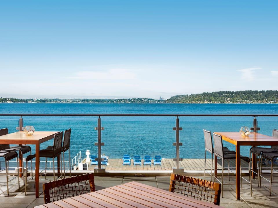 Water's Table Hyatt Regency Lake Washington at Seattle's Southport