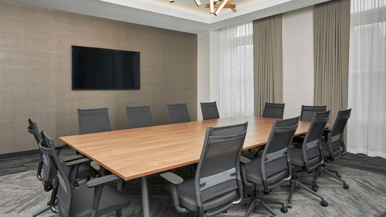 Boardroom meeting at Hyatt House Chicago - Medical/University District