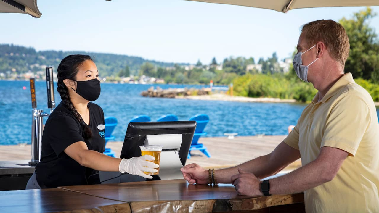 Drink Bar and Dock and Drink with Guest Wearing Mask