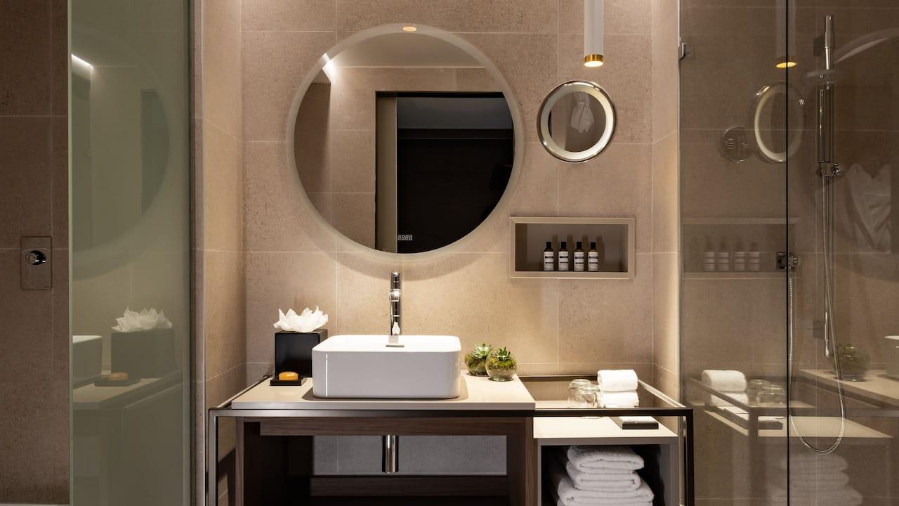 King Room Bathroom Sink