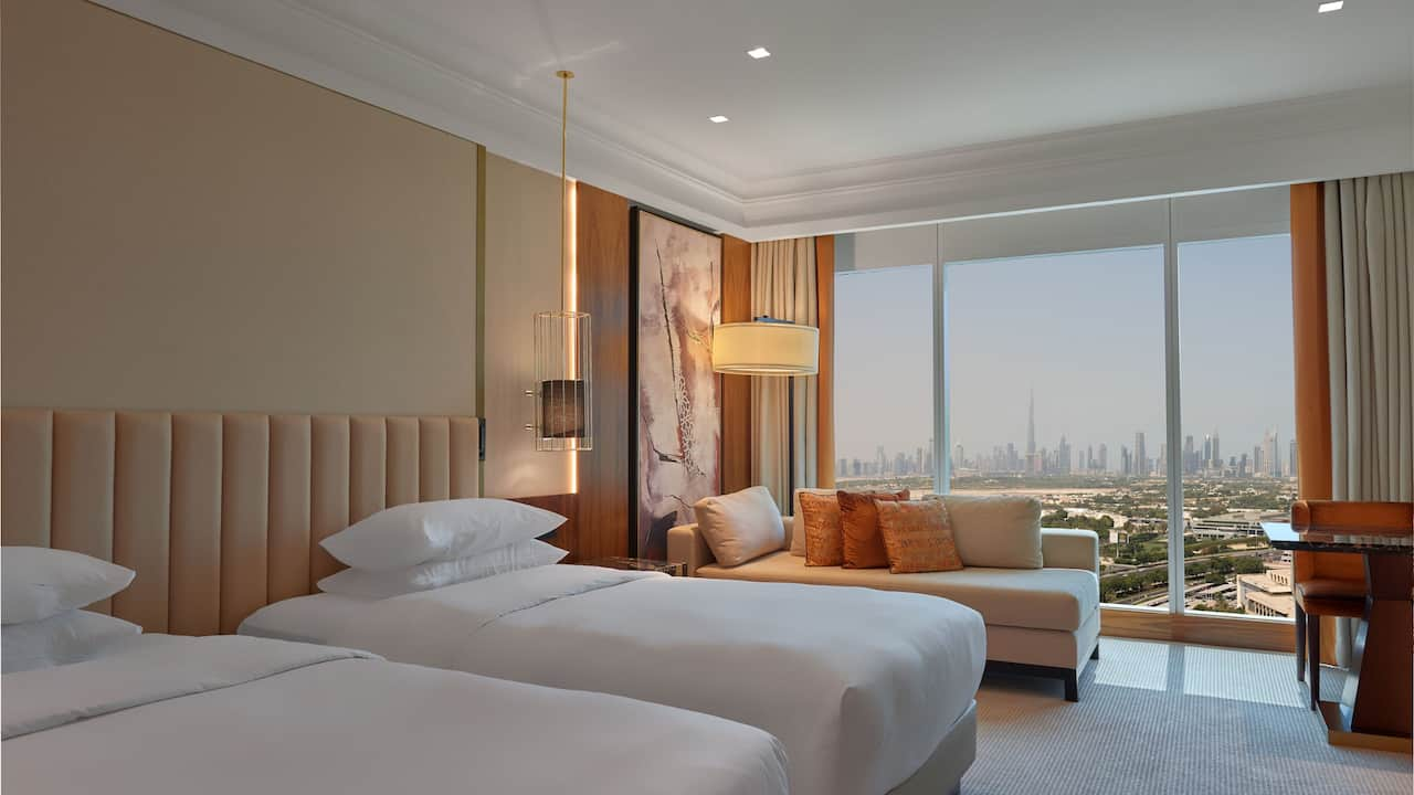 2 Twin Beds Skyline view