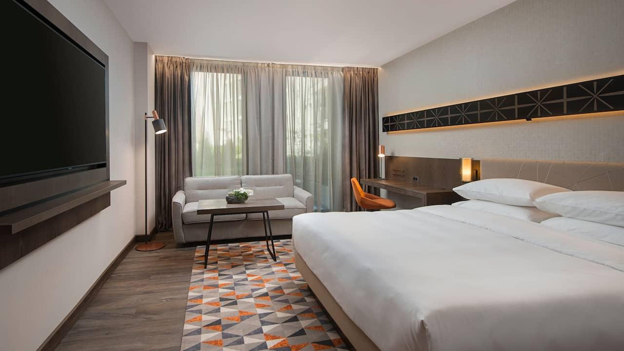 Hyatt Regency Sofia King Guestroom