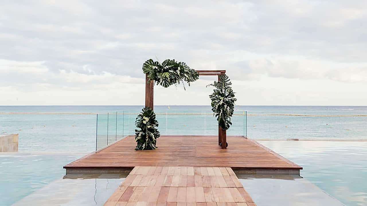 CUNPC_P515 Deck Wedding