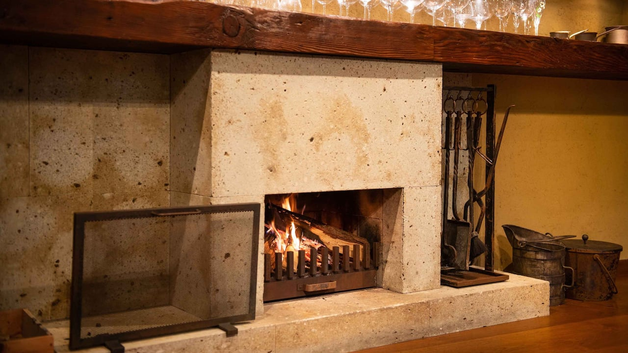 Hyatt Regency Hakone Resort & Spa| Private Dining Room Fire Place