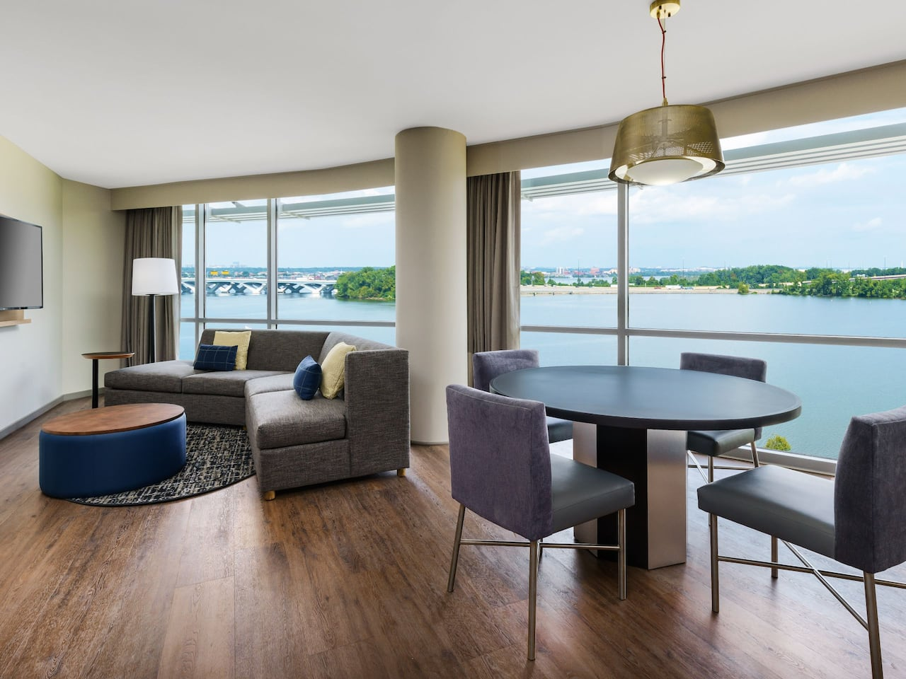One Bedroom King Suite River View