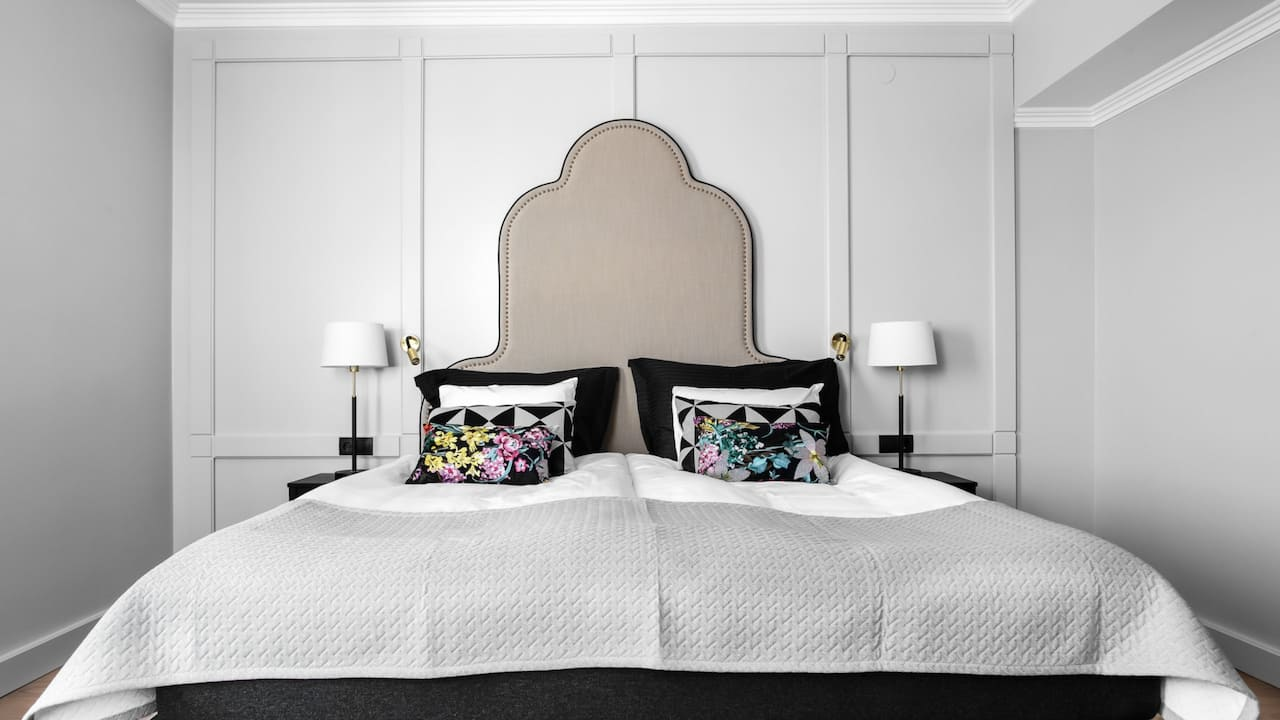 Hotell Reisen One King Bed Superio