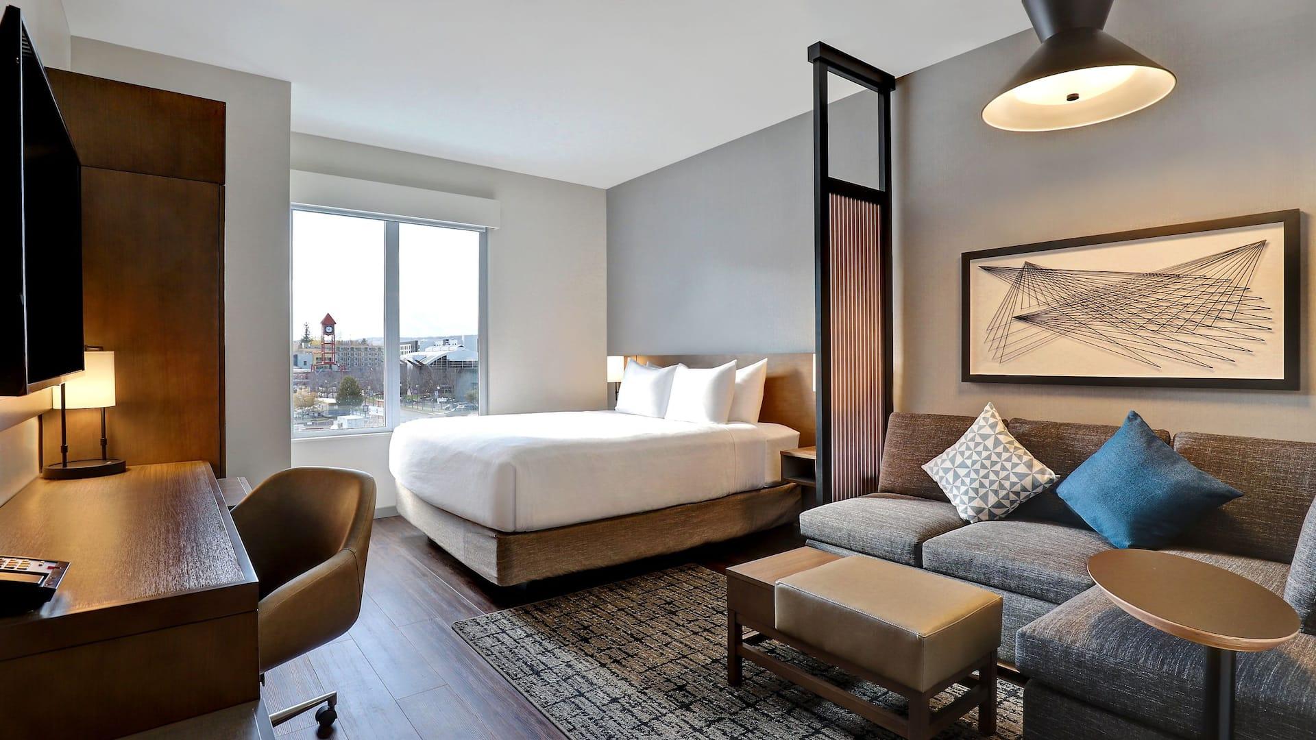 Hyatt Place King Bed