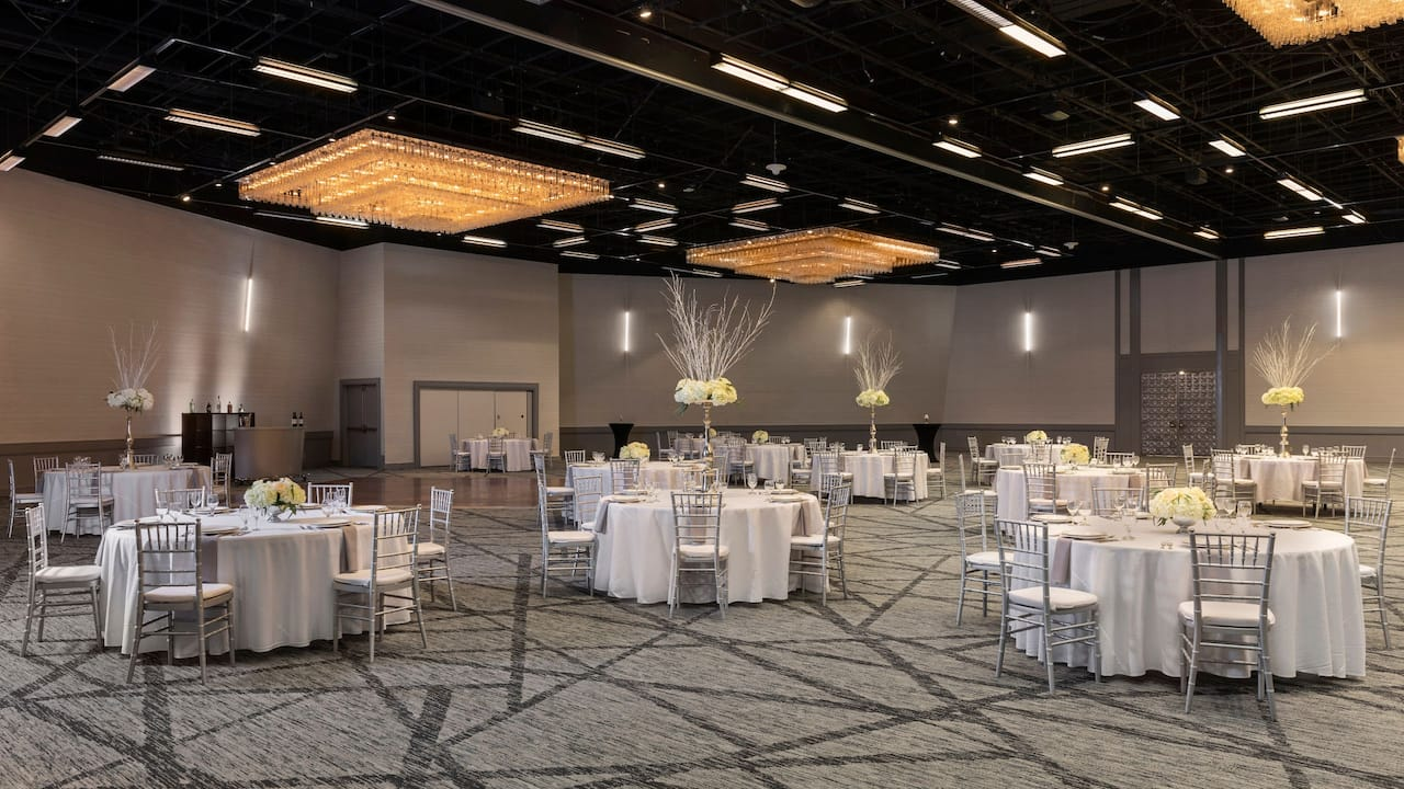 Hyatt Regency Houston wedding reception