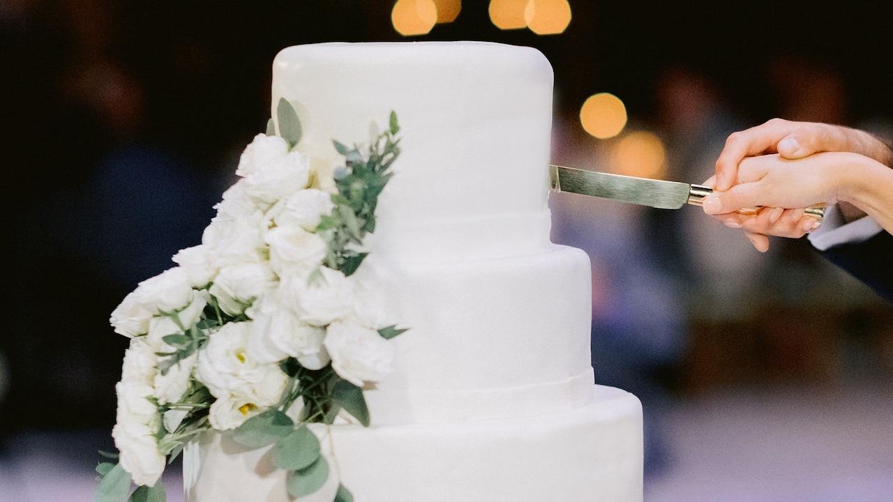Hyatt Wedding Cake, The Hyatt Regency Bali, Sanur Bali