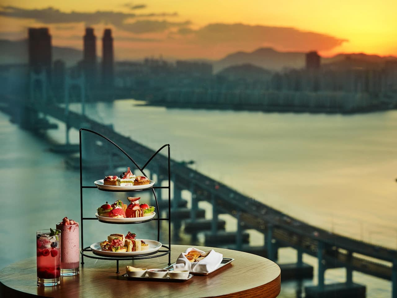 Busan Hotel Strawberry Afternoon Tea Set