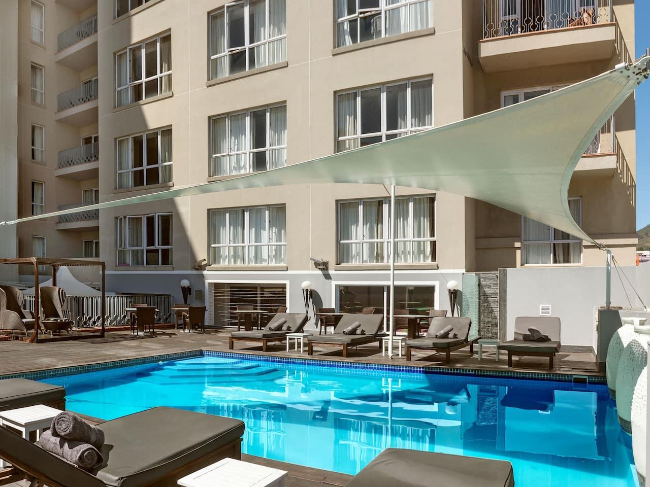 Hyatt Regency Cape Town pool