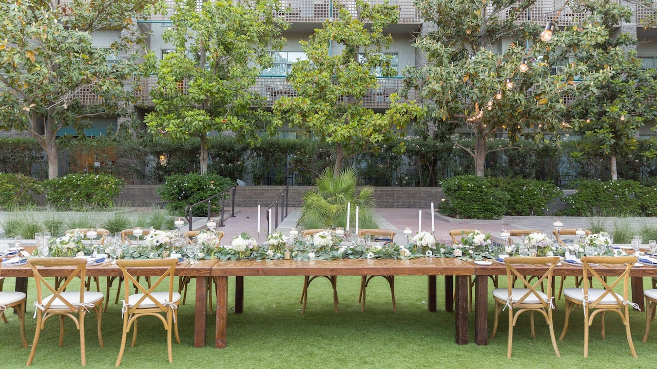 Outdoor Wedding Reception Table