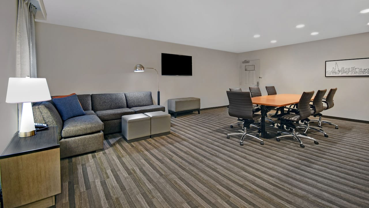 Conference Suite Living Area