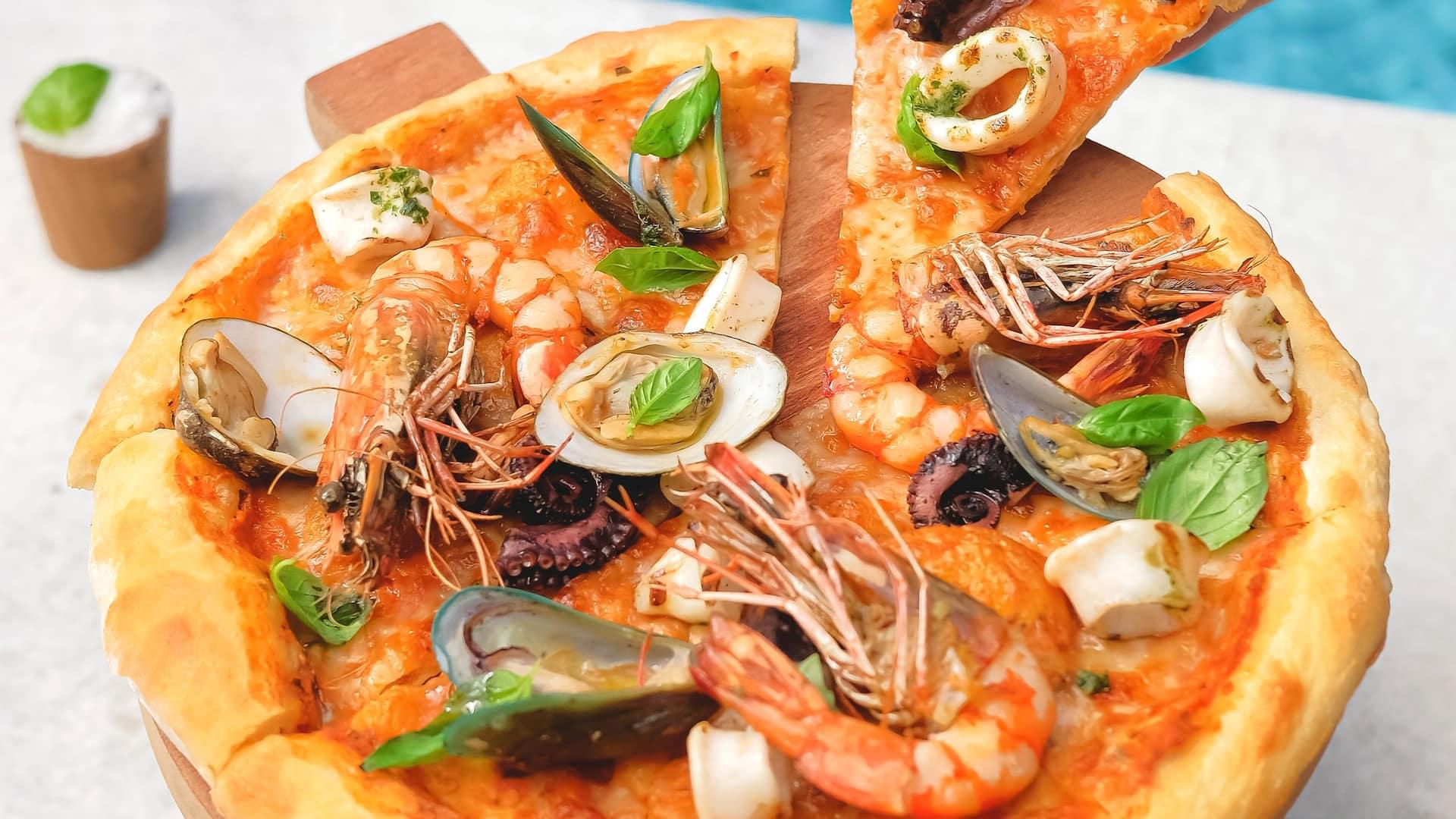 Pizza Italian restaurant near Nusa Dua Bali (Salsa Verde - Grand Hyatt Bali)