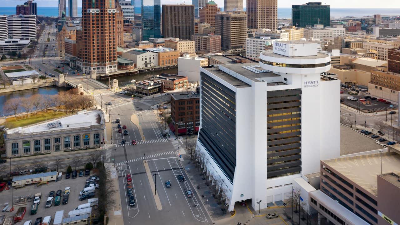 Wisconsin Center Skywalk at Hyatt Regency Milwaukee