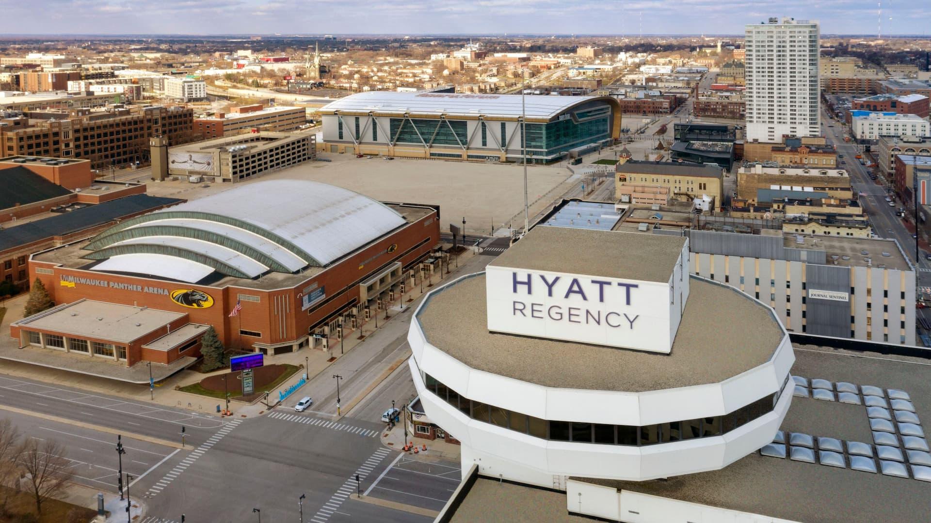 Aerial view of Hyatt Regency Milwaukee