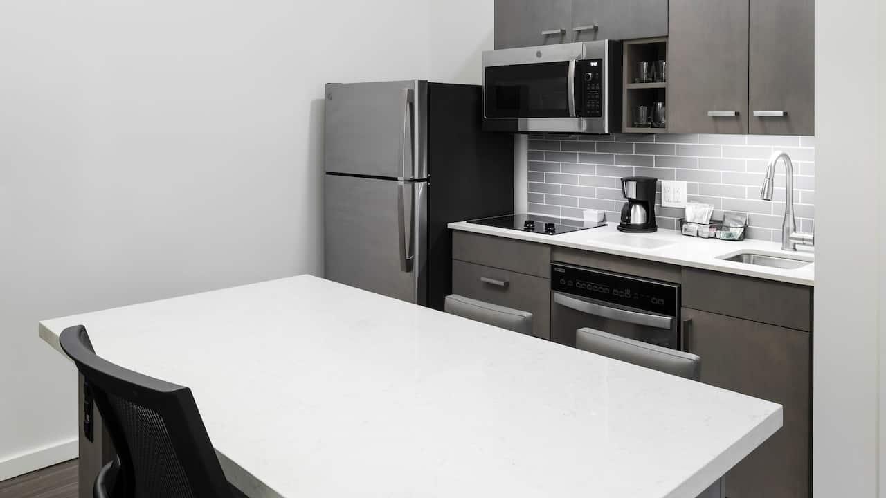 One Bedroom High Floor Studio Kitchen Suite