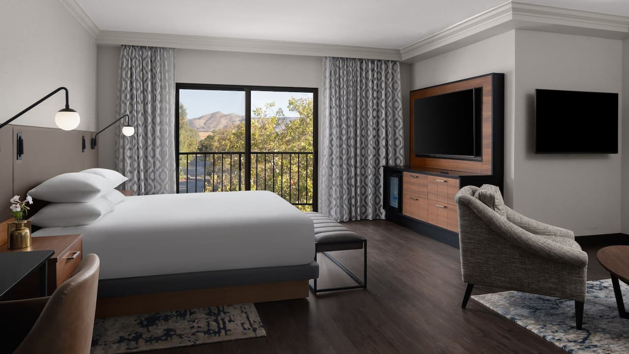 California Suite with Balcony