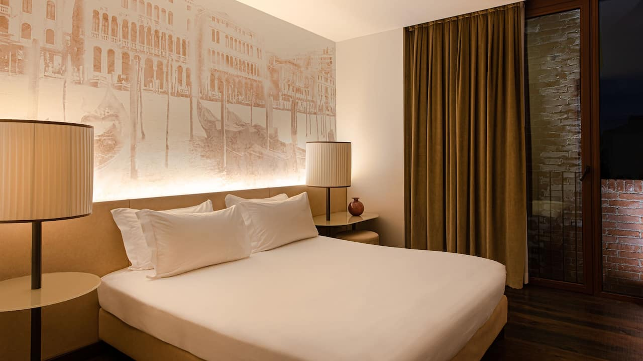 Hyatt Centric Murano Venice Hotel King Room