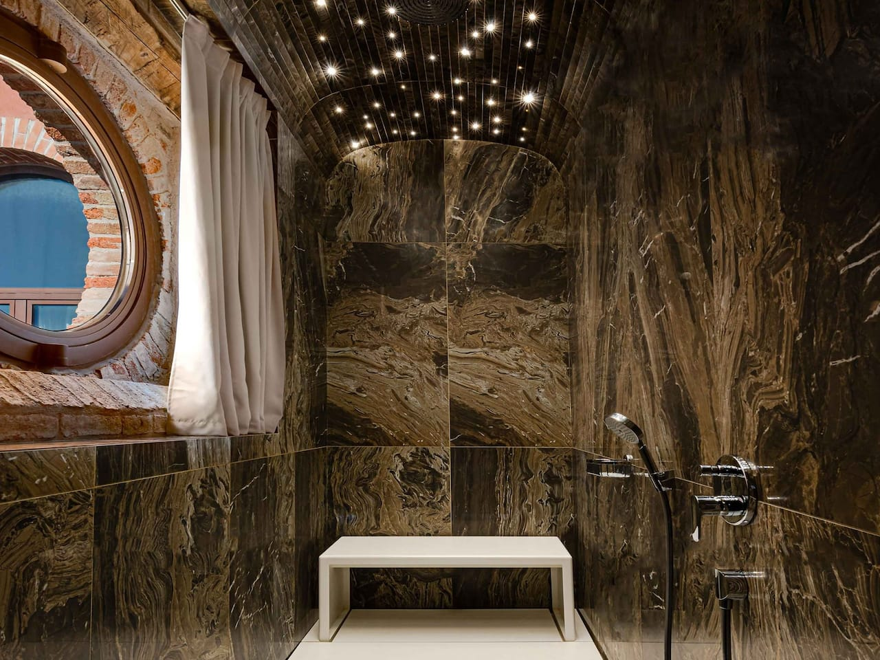 Hyatt Centric Murano bathroom