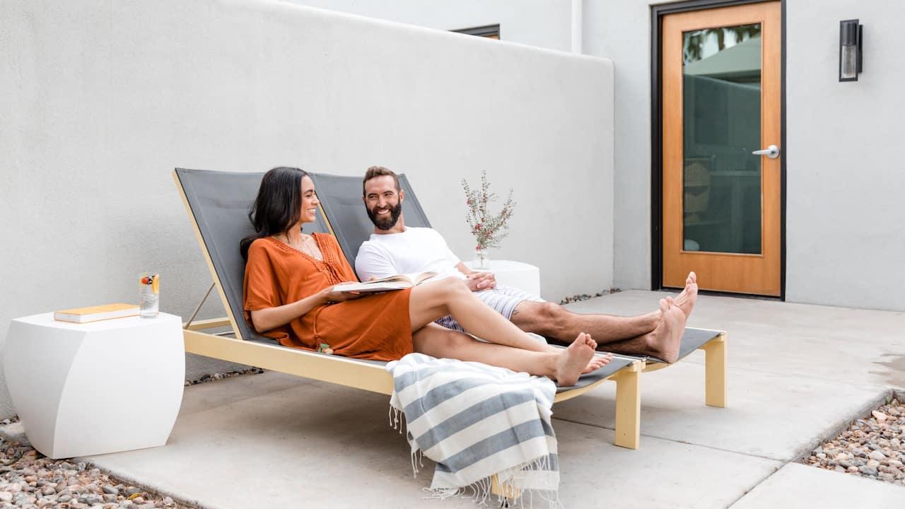 Couple Saarinen