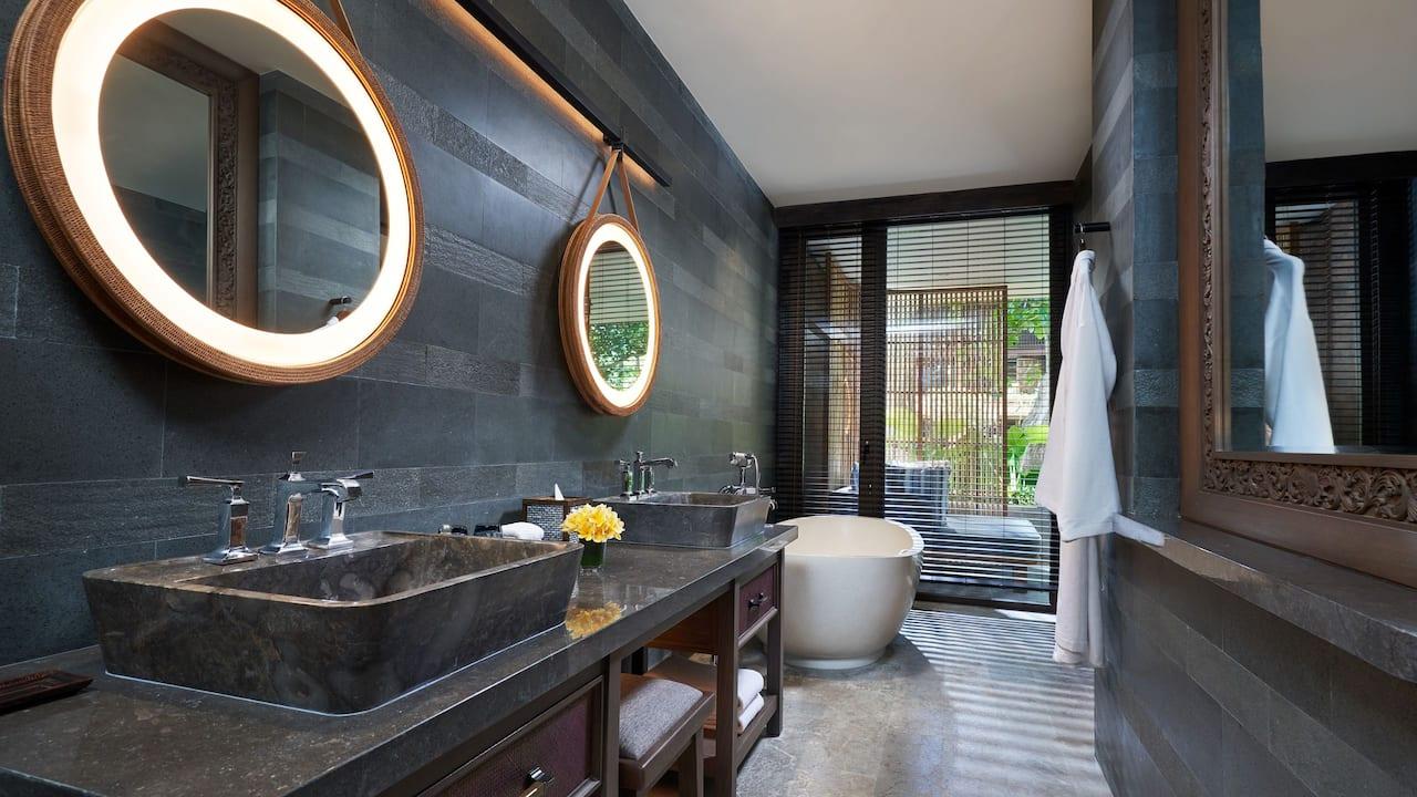 Bathroom at Standard Room Andaz Bali, Sanur