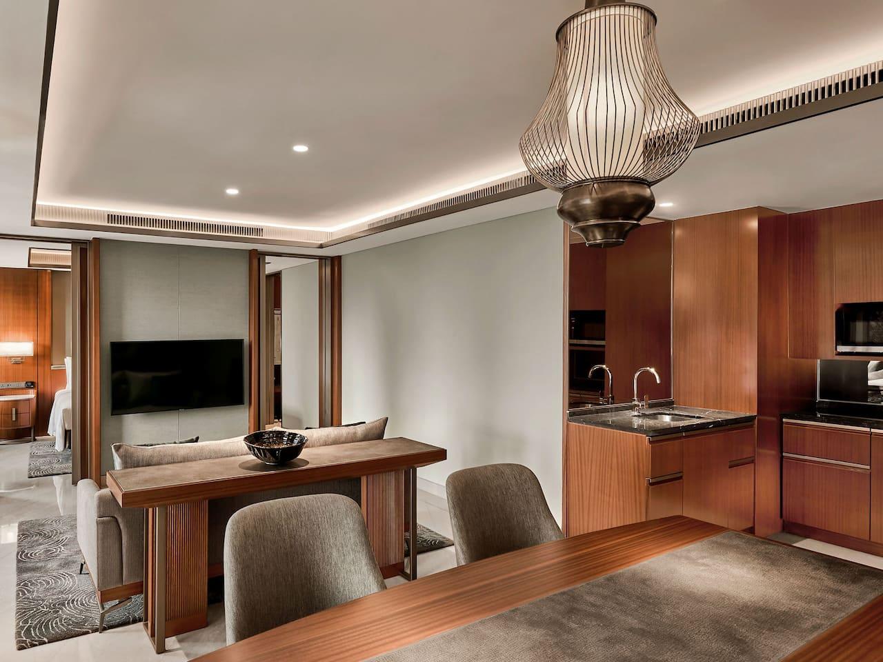 Grand Suite Dining and Kitchen, Luxury Hotel Room The Grand Hyatt, Jakarta