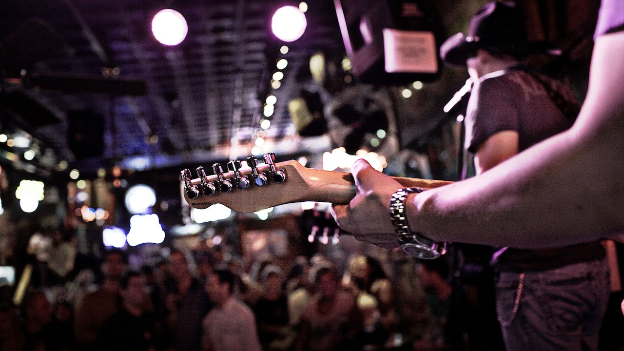 Guitar player at a local Nashville bar