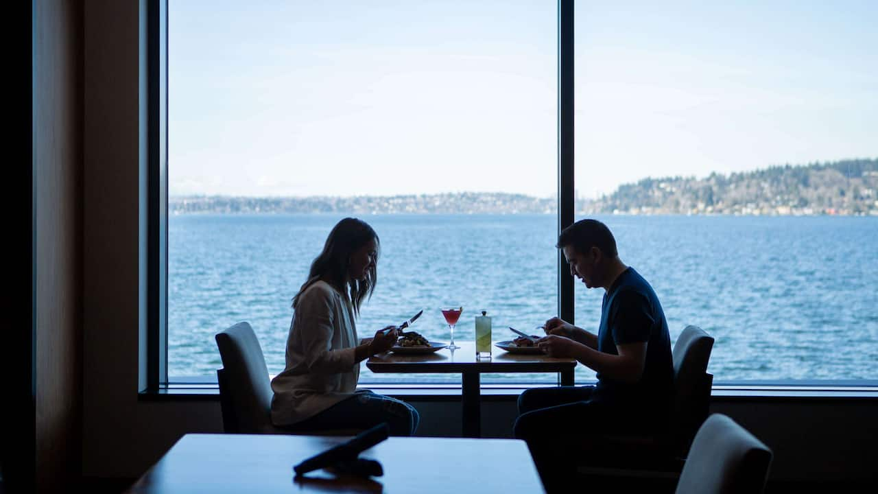 Couples dining at Water's Table