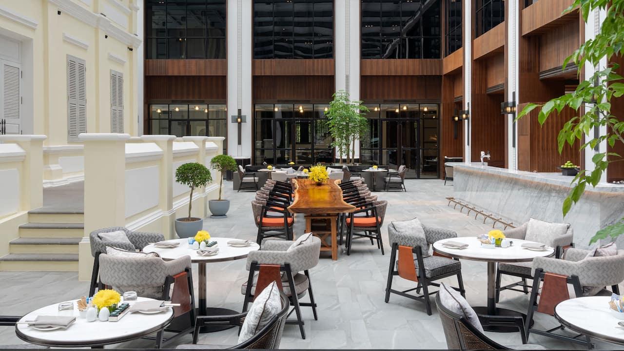 JMarket Restaurant and Lounge