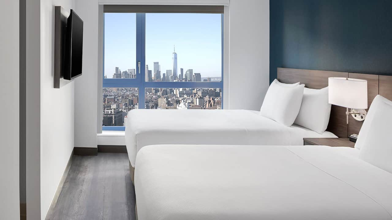 Two Double Beds Skyline Freedom Tower
