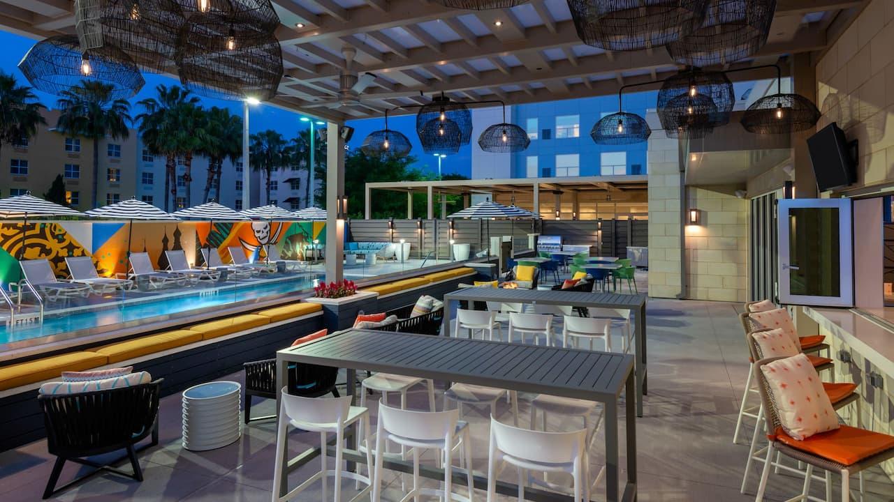 Outdoor Area Bar