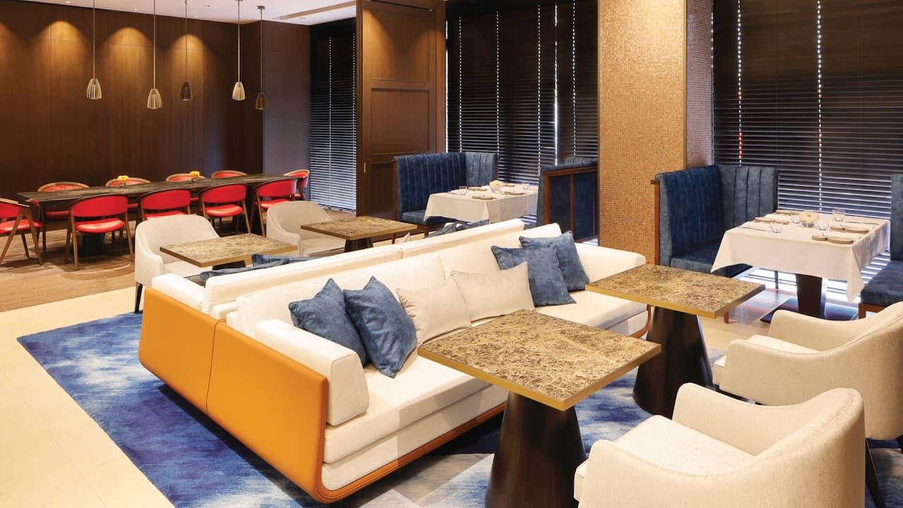 Club Lounge Sofa And Chairs