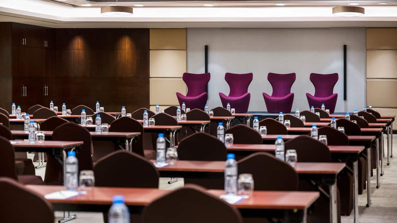 Hyatt Regency Oryx Doha Meeting Room Panel Setup
