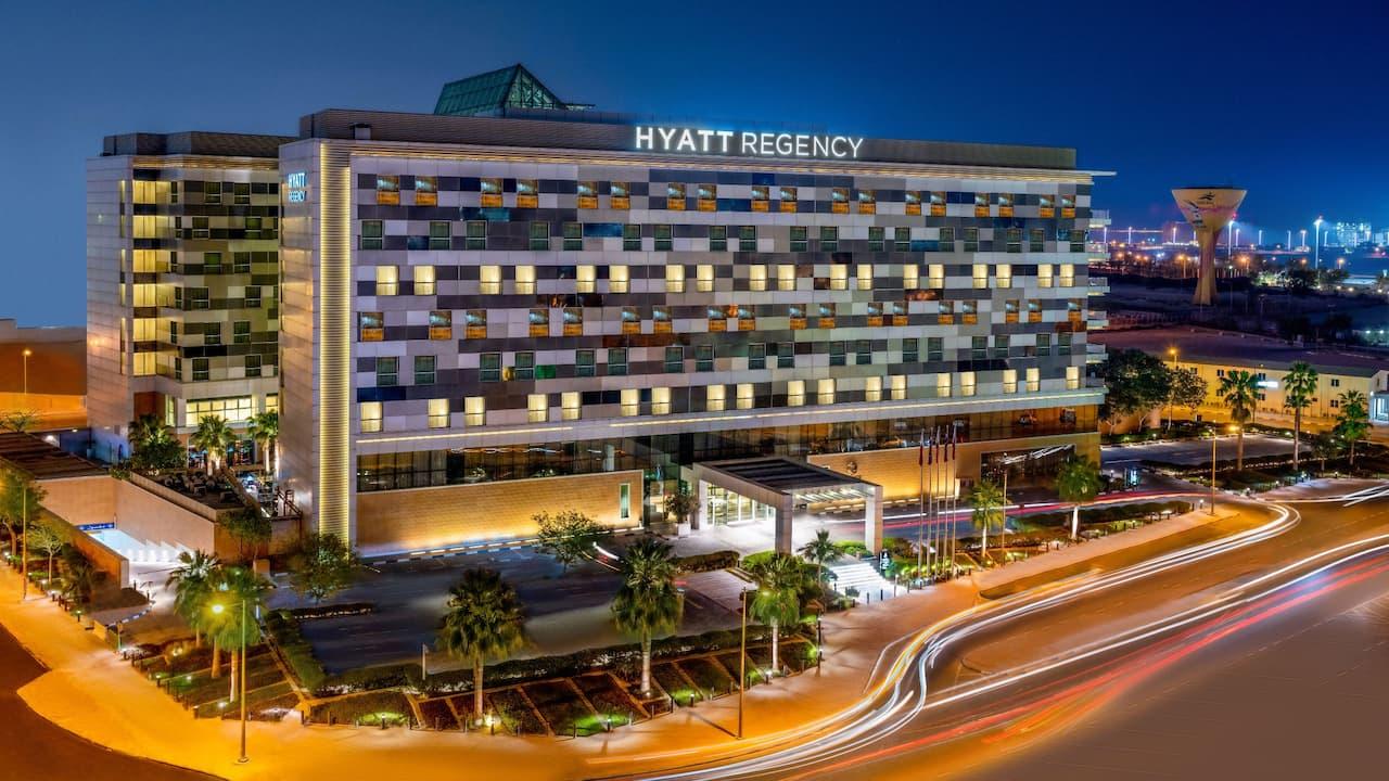 Hyatt Regency Oryx Doha Exterior Night