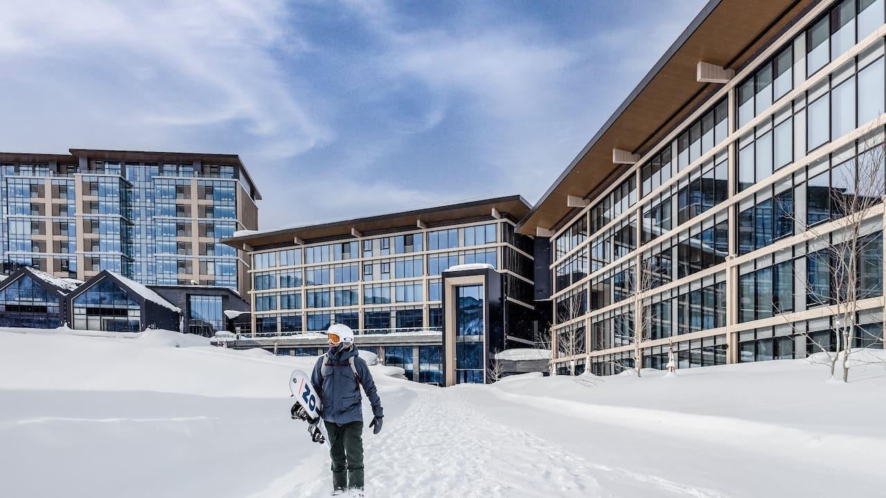 Skiing and Snowboarding - Park Hyatt Niseko Hanazono