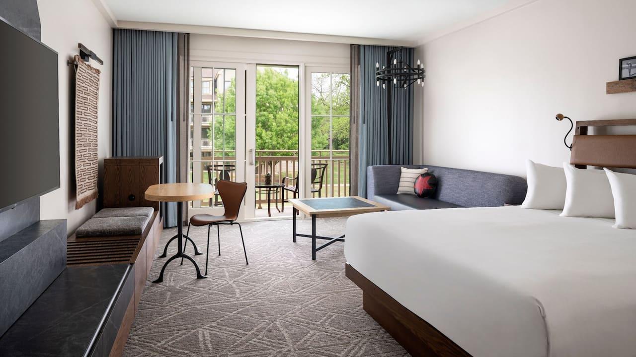 Suite Dining Area Hyatt Regency Lost Pines Resort & Spa