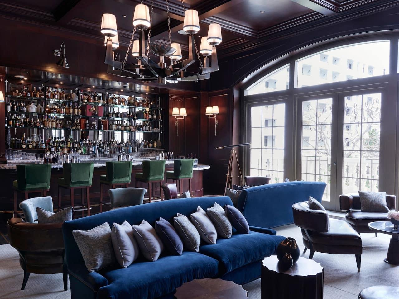 Rosewood Manor Bar